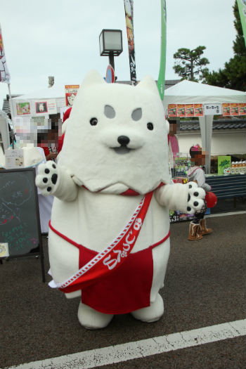 意外と知らない!?ご当地キャラ「しっぺい」の静岡県磐田市では「ふるさと納税」でうなぎやメロンがもらえます!