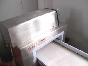 ぬいぐるみ製造時に検査で使用する検針機のご紹介