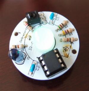 電子部品を使ってライトで光るぬいぐるみを製造する方法